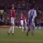 Gabriel Batistuta thunderbolt goal vs Man United