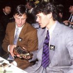 Johan Cruyff and Marco van Basten with the European Golden Shoe. Marco van Basten scored 37 goals in just 26 Eredivisie games that season whilst Cruyff was Ajax' manager.