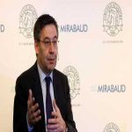 Barca President Bartomeu wants to remodel the board and demands the resignation of some board members who think more about their future than the club's present.