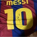 Messi signed Barcelona jersey fake?