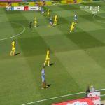 Jae-sung Lee (Holstein Kiel) miss vs. Arminia Bielefeld (69')