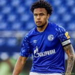 Weston McKennie wearing an armband asking for justice for George Floyd