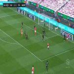 Benfica [3]-2 Santa Clara - Carlos Vinicius 65'