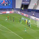 Denis Bouanga hits the post vs PSG 5'