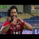 Hulk penalty goal + call 72' - Shanghai SIPG [1] - 0 Shijiazhuang