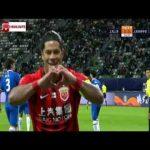 Hulk penalty goal + call 55' - Shanghai SIPG [1] - 0 Shenhua (AGG [1] - 0)