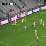 Lille [2]-2 Celtic: Jonathan Ikone 75'