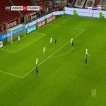 Leverkusen [3]-2 Monchengladbach - Leon Bailey 68'