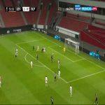 Bayer Leverkusen 2-0 Slavia Praha - Leon Bailey 32'