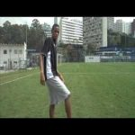 17-year-old Neymar crosses and scores a goal alone
