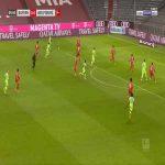 Bayern Munich 0-1 Wolfsburg - Maximilian Philipp 5'