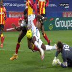 Lyon 3-0 Lens - Memphis Depay penalty 52'