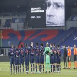 One minute of silence was given for Bernard Guignedoux, PSG's first goal scorer and important part of the academy who died recently.