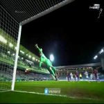 Ter Stegen insane save in the last minutes of ET.