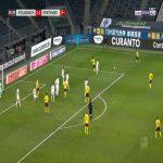 Lars Stindl (Monchengladbach) goal line clearance against Dortmund 26'