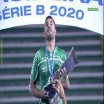Alan Ruschel, survivor of 2016 Chapecoense plane crash, lifting the Brazilian Second Division trophy.