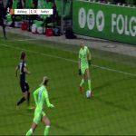 🚀⚽ An absolute wonderstrike by Joelle Wedemeyer for Wolfsburg Frauen against Eintracht Frankfurt