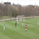 Bizzare goal given during United U18 vs City U18. Man City then let United score a free goal to make up for it.