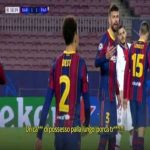 """Uf, terrible arguing between Piqué and Griezmann on the pitch: Piqué: """"Let's have a long ball possession, for fu**'s sake!"""" Griezmann: """"Be quiet, stop shouting motherfu****"""" Piqué: """"No you motherfu****, we struggle and still we are running as crazy!"""""""