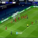Neymar hits post vs Bayern 37'
