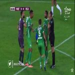 Raja Casablanca goalkeeper Anas Zniti concedes a hilarious penalty against Moghreb Tetouan (Moroccan league)