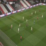 Manchester United (3) - 2 Roma - Edinson Cavani 64'