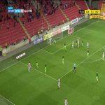 Slavia Praha [4]-1 Viktoria Plzeň - Alexander Bah 72' (Czech First League)