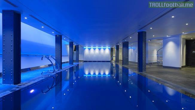 Top 5 chelsea players houses troll football - Luxury hotels in madrid with swimming pool ...