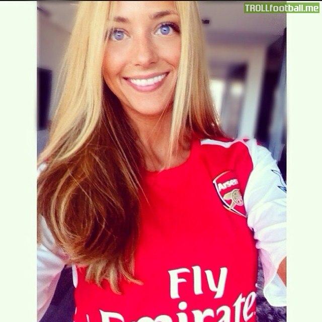"""Alexis Sanchez's girlfriend on Instagram - """" I am a Gunner"""""""
